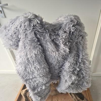 Fluffy kleed licht grijs